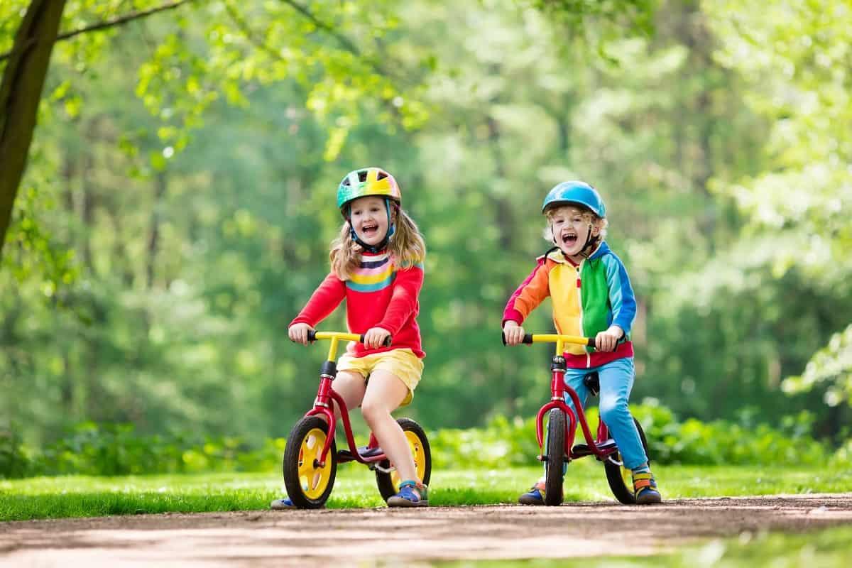 Balance Bike vs Tricycle - kidsinwheels.com